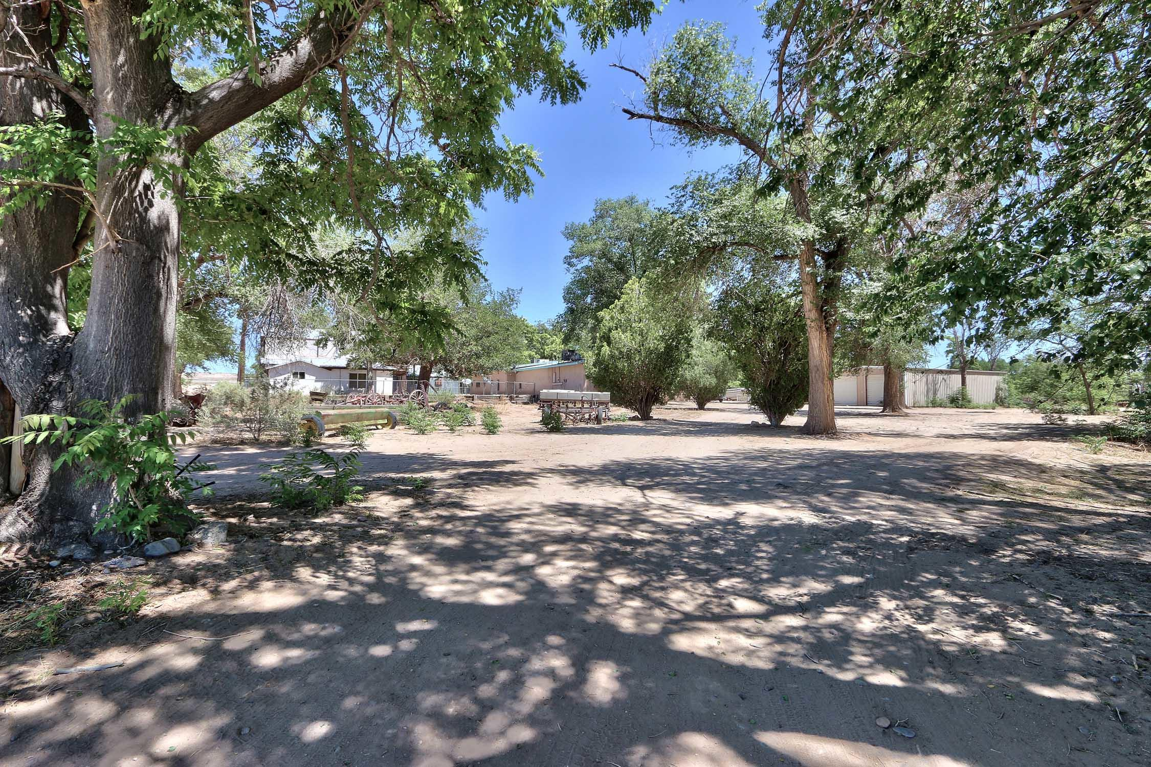 8200 Bates Road Se Property Photo 40