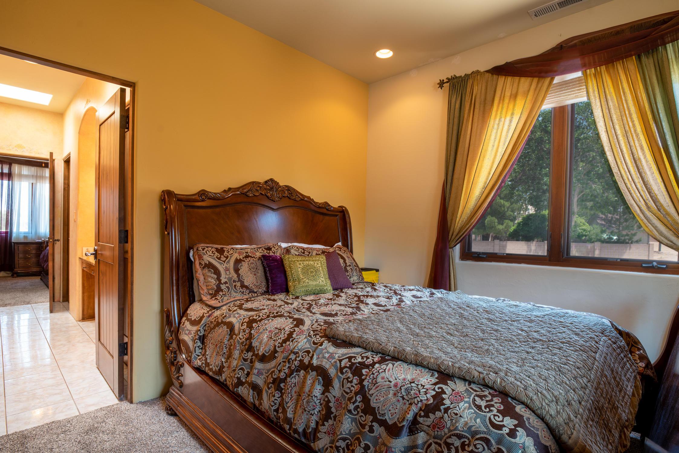 10200 Corona Ne Avenue Property Photo 55
