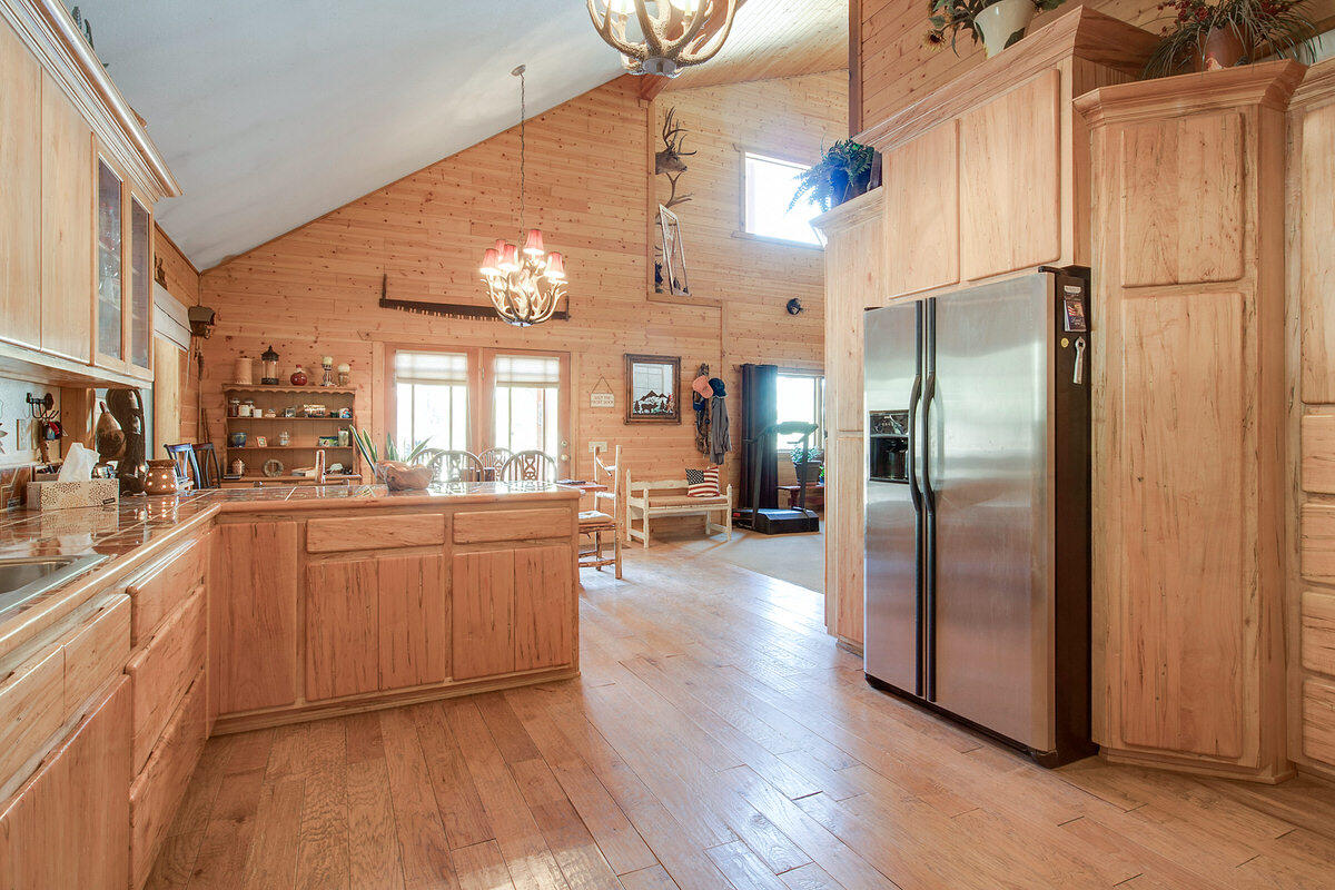 21 Cliff Rose Court Property Photo 18