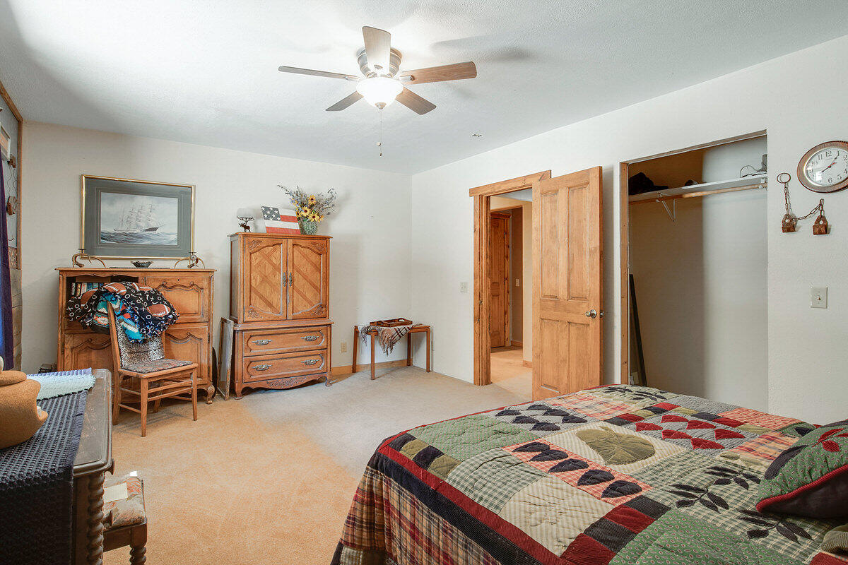 21 Cliff Rose Court Property Photo 29