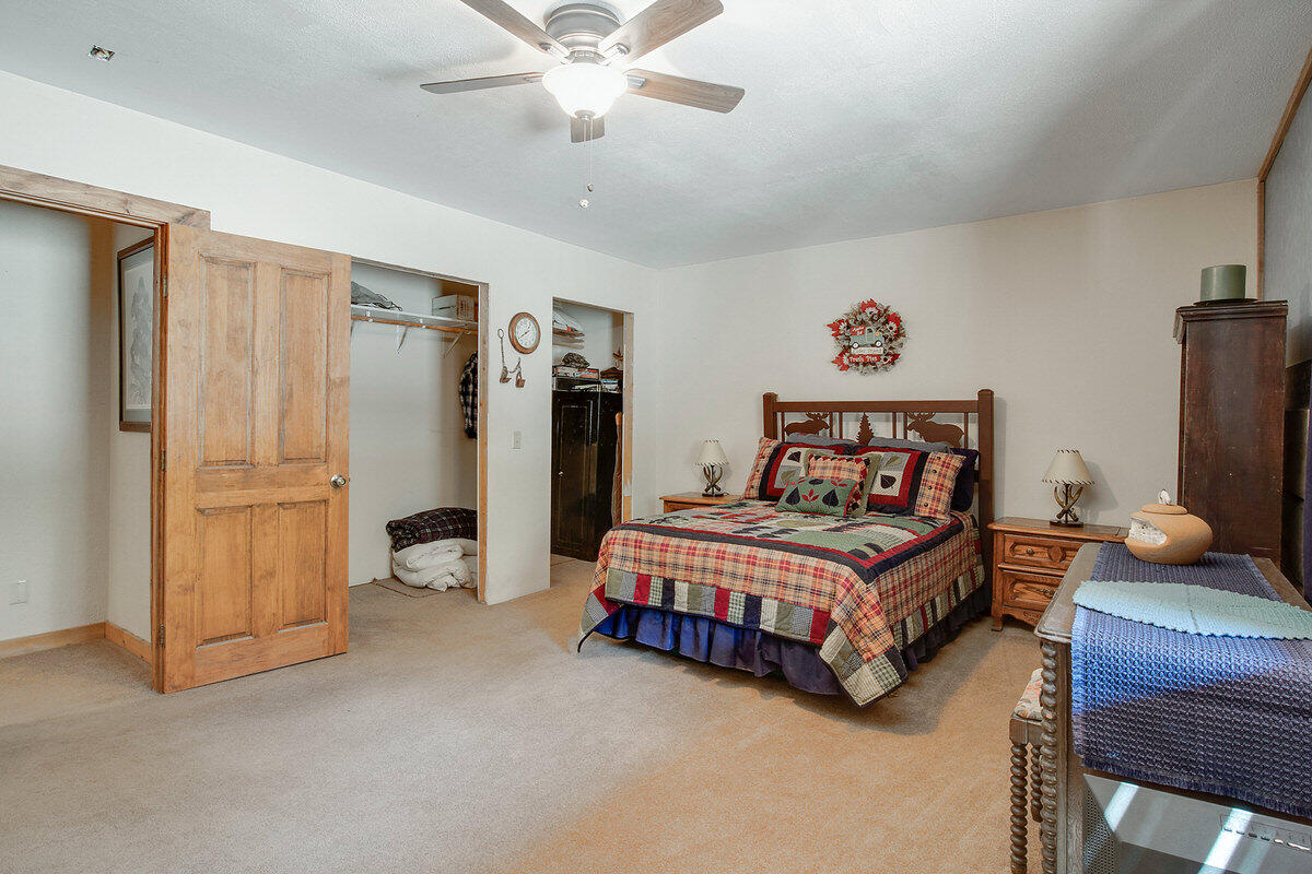 21 Cliff Rose Court Property Photo 30