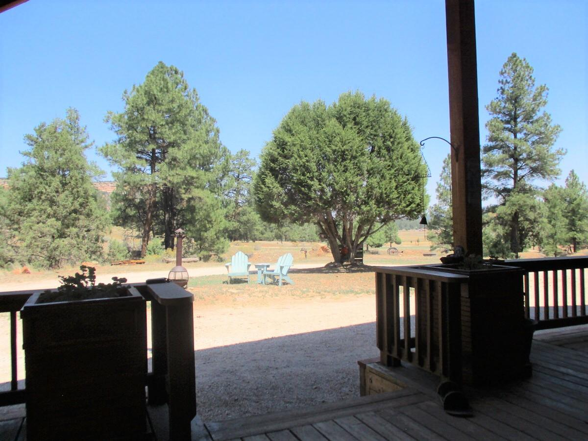 21 Cliff Rose Court Property Photo 50
