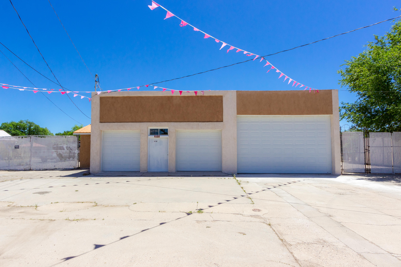 6100 Isleta Boulevard Sw Property Photo