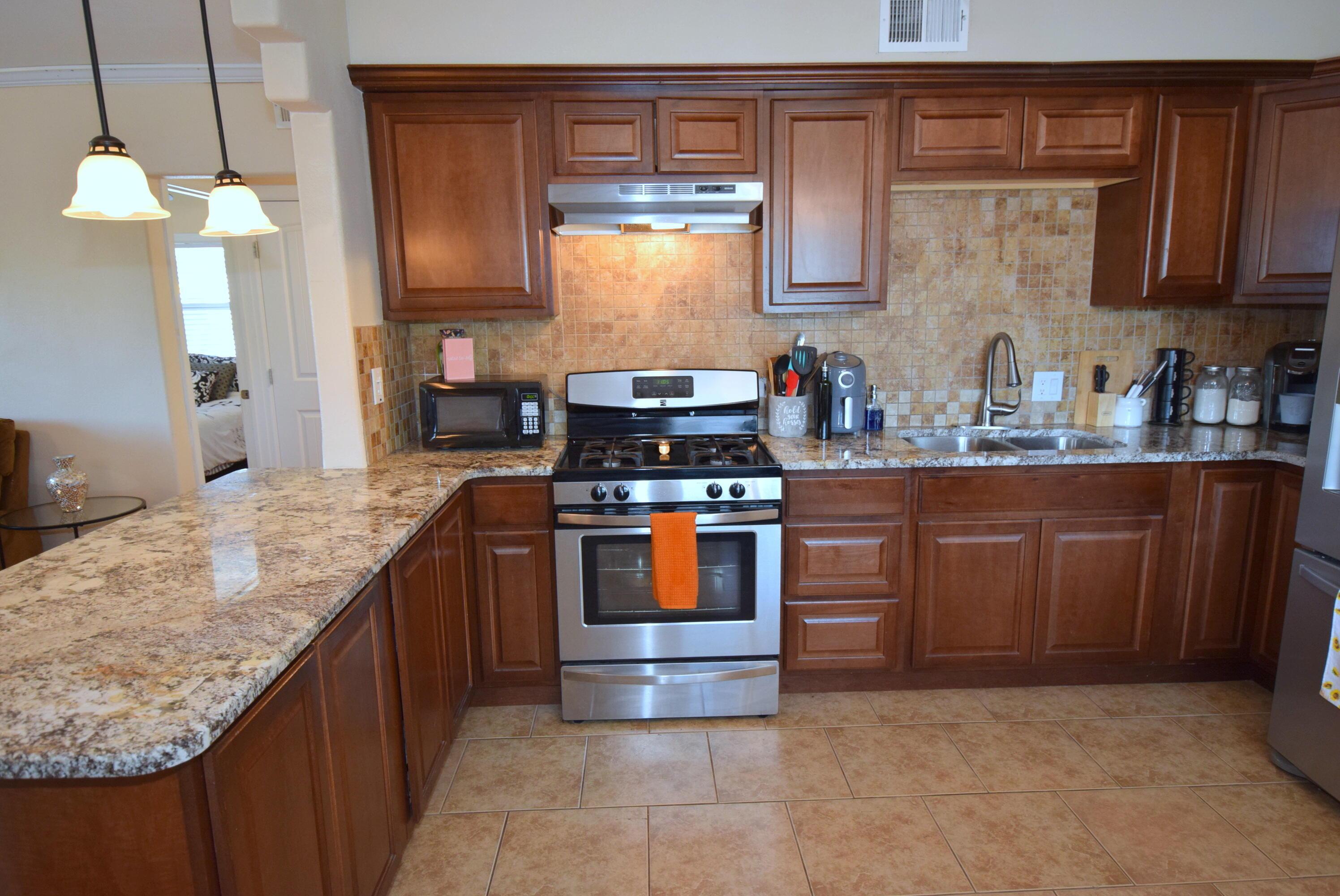 4645 Gibson Boulevard SE Property Photo 1