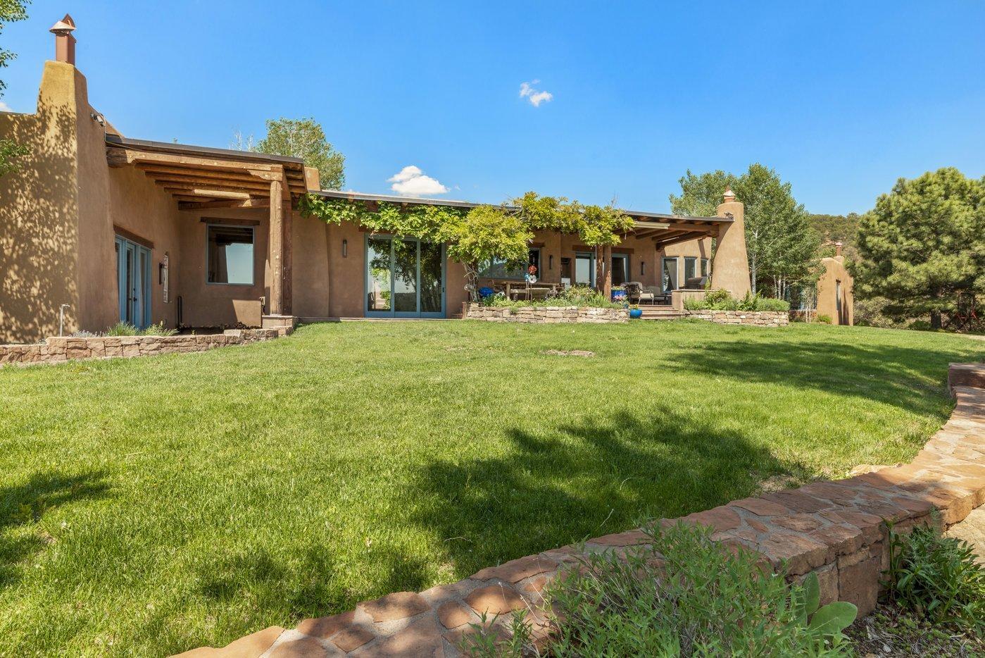1240 Camino De Cruz Blanca Property Photo 1