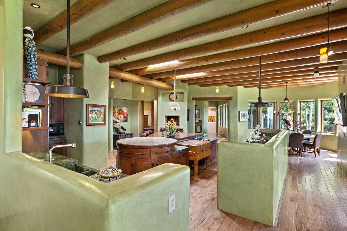 1240 Camino De Cruz Blanca Property Photo 6