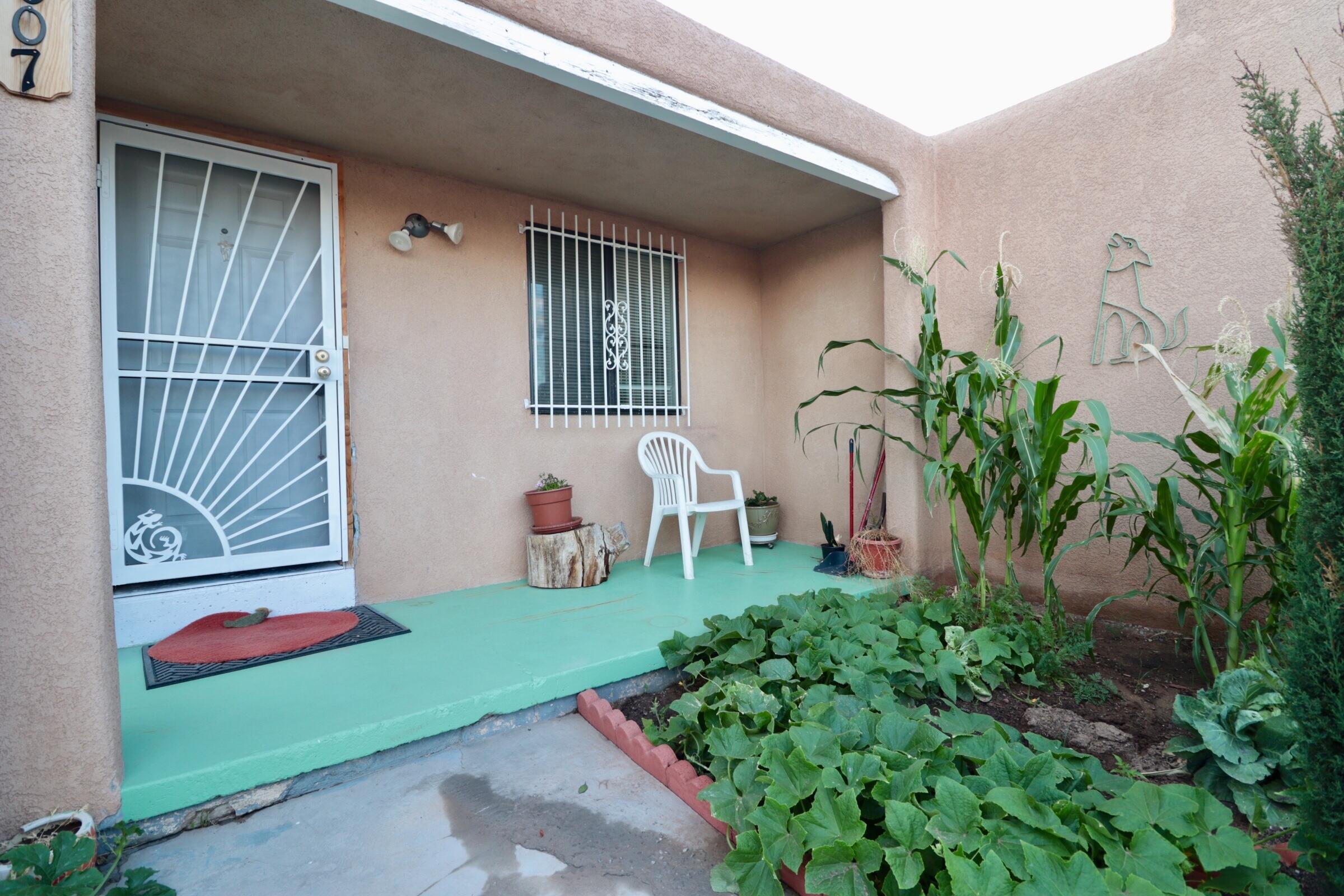 1007 San Mateo Boulevard Se Property Photo 19