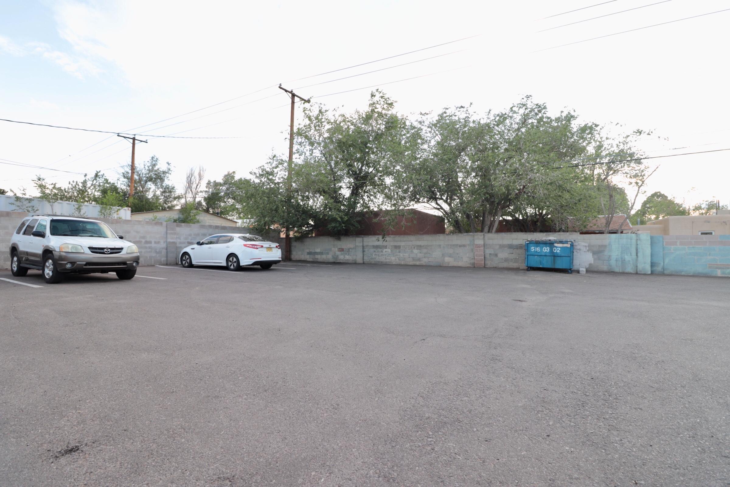 1007 San Mateo Boulevard Se Property Photo 33