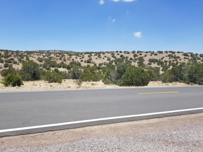28 Windcatcher Road Property Photo