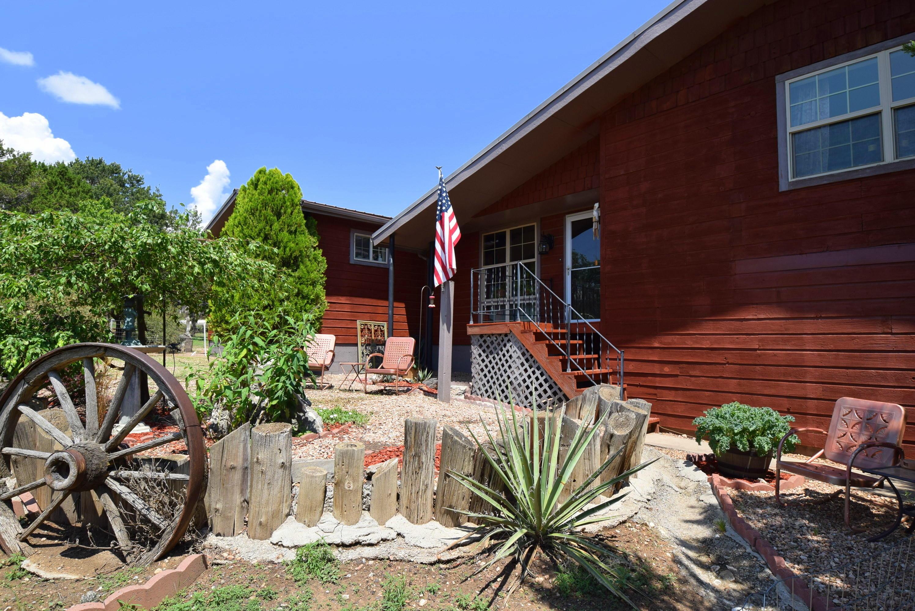 1 West Willard Property Photo 1