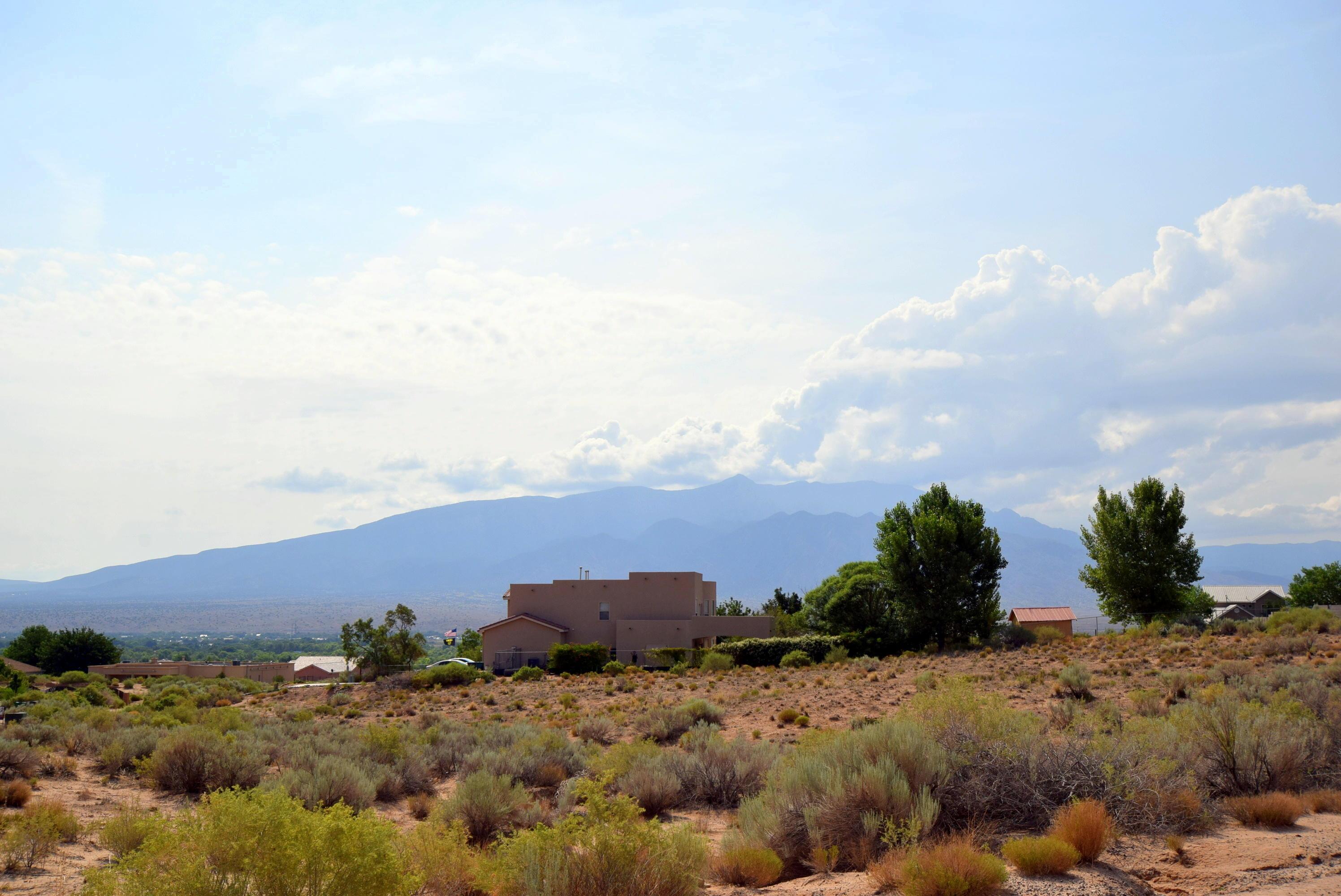 2609 Monterrey Ne Road Property Photo