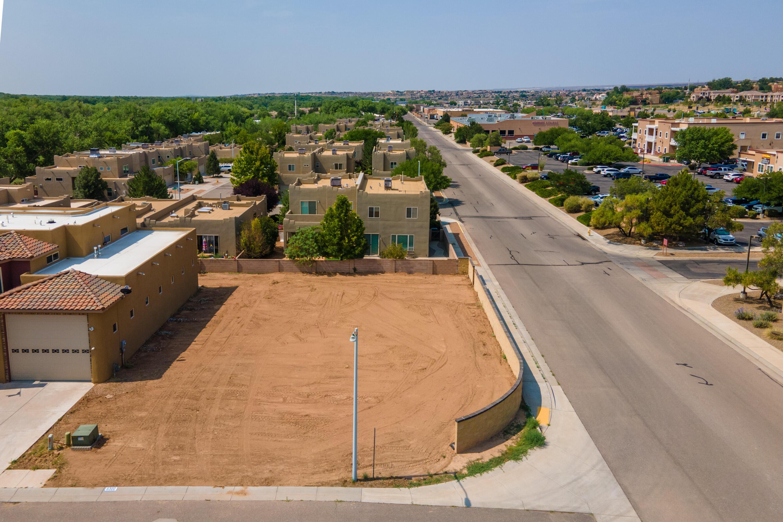 6300 Blueberry Lane Nw Property Photo