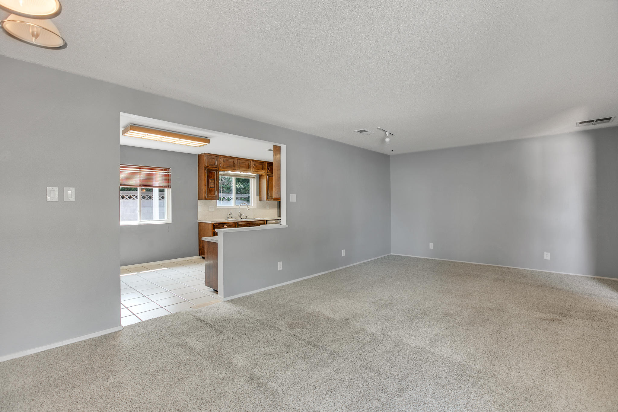 6504 Baker Ne Avenue Property Photo 8