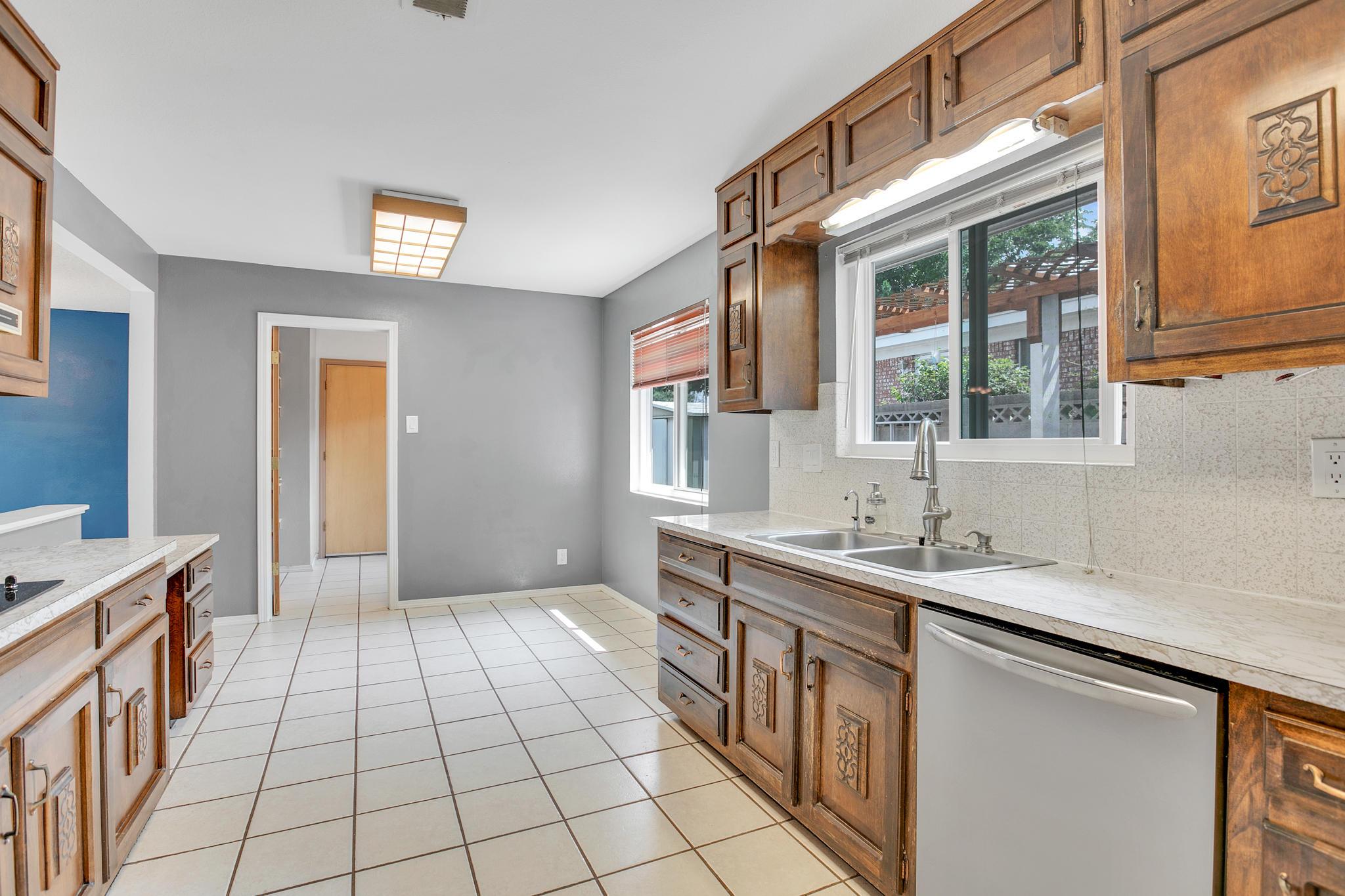 6504 Baker Ne Avenue Property Photo 12