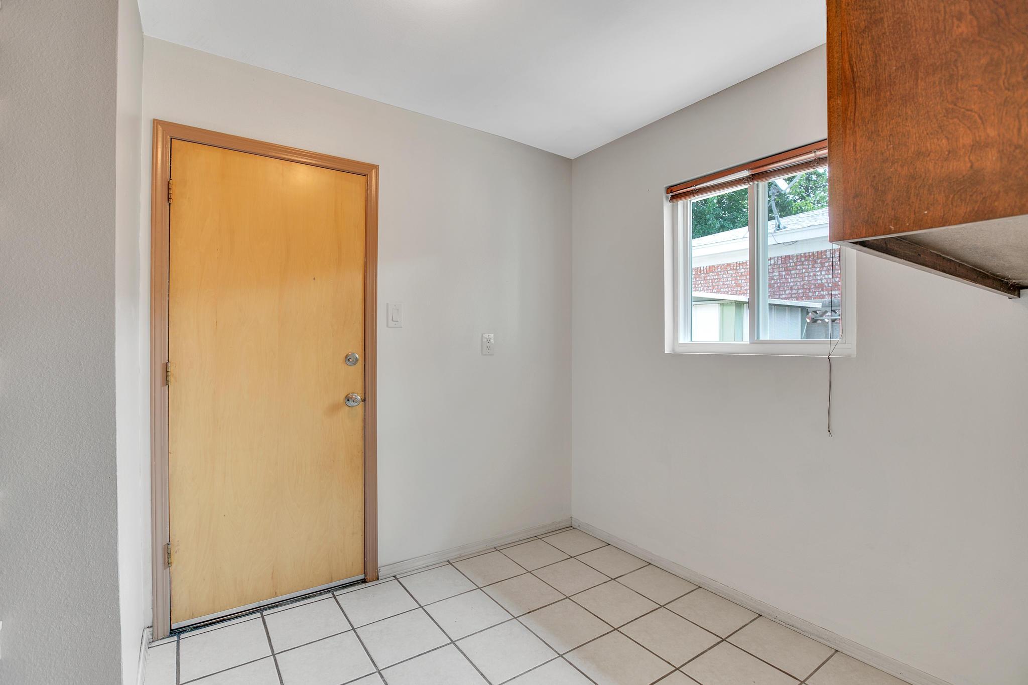 6504 Baker Ne Avenue Property Photo 14