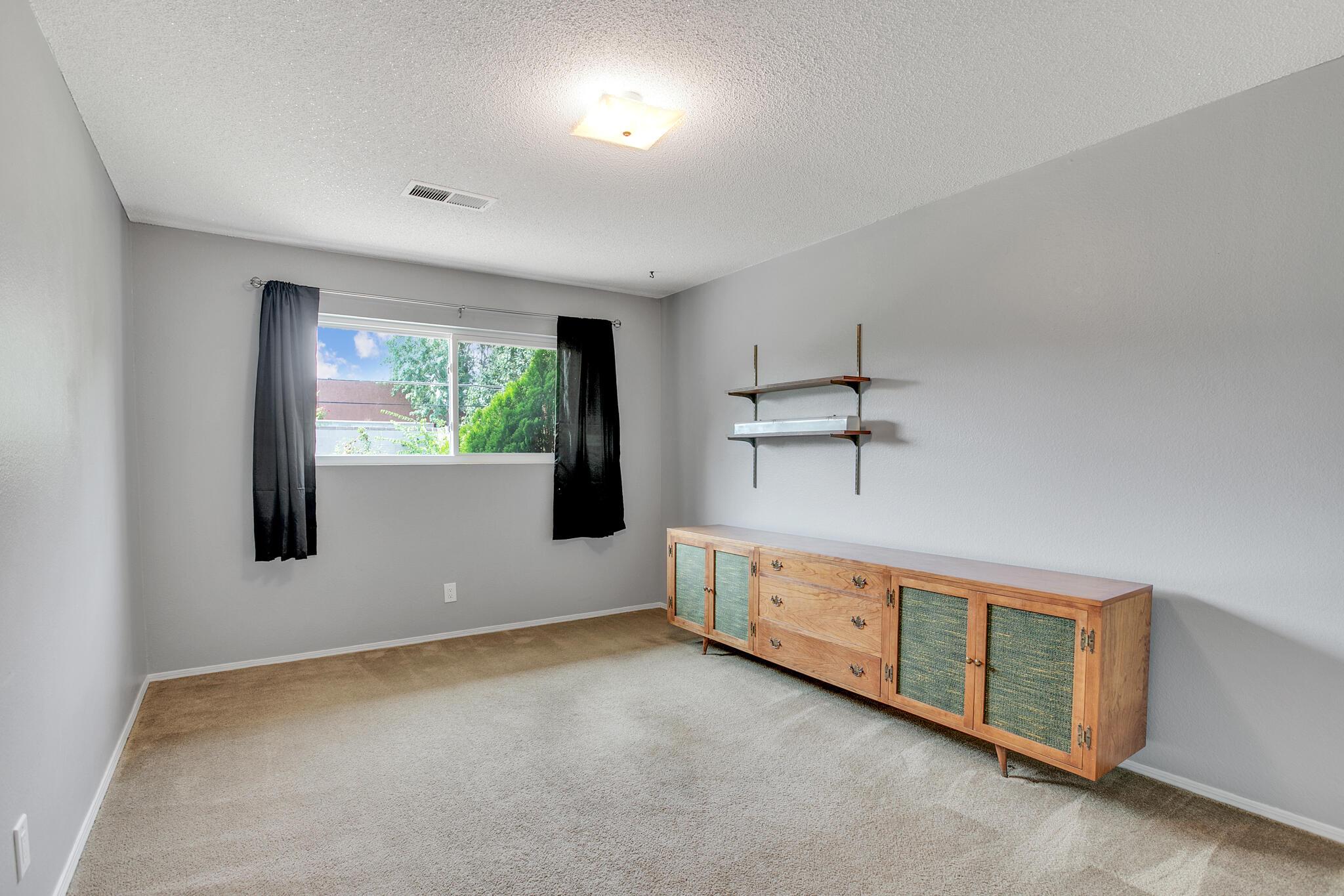 6504 Baker Ne Avenue Property Photo 22