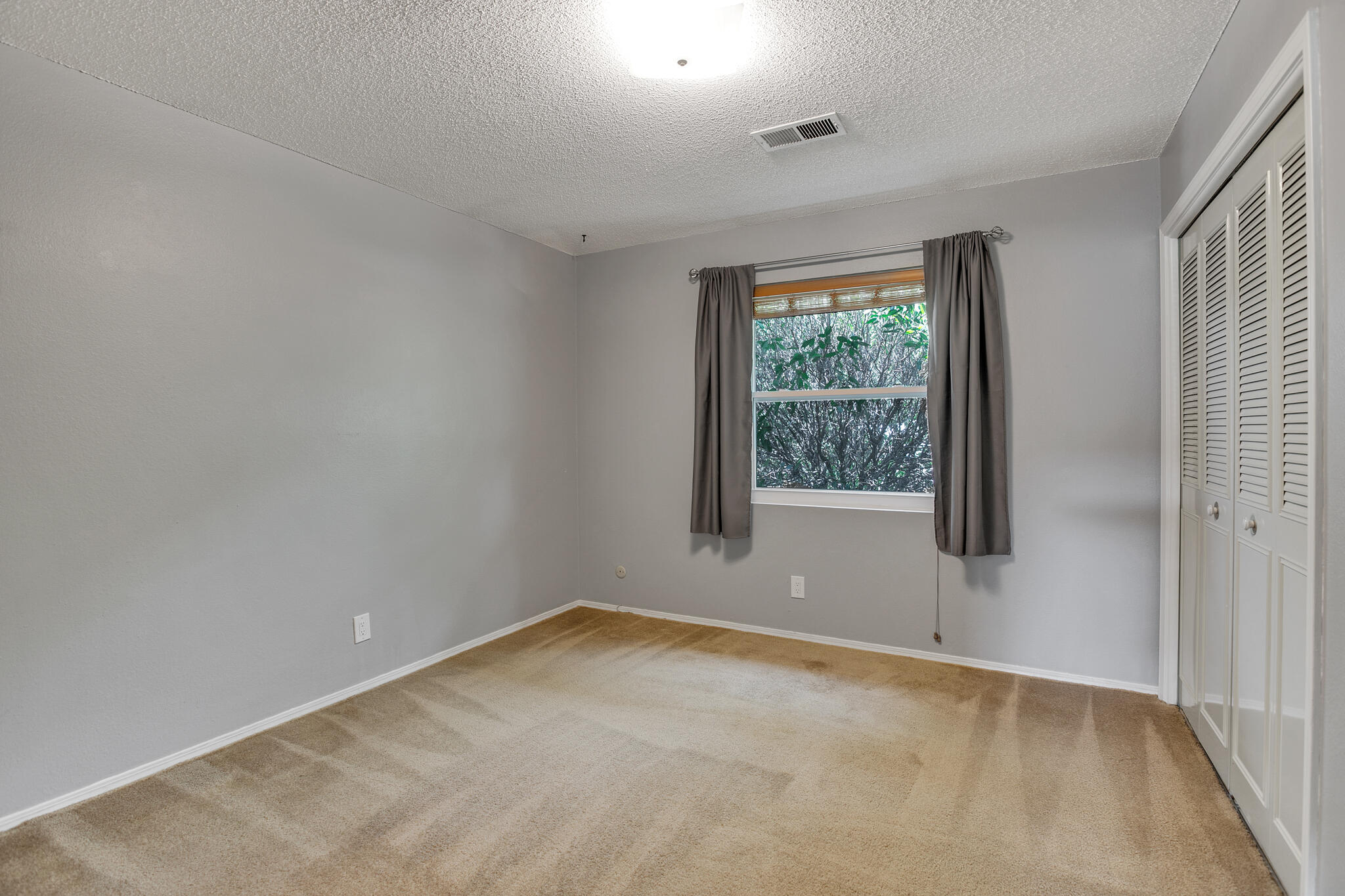 6504 Baker Ne Avenue Property Photo 24