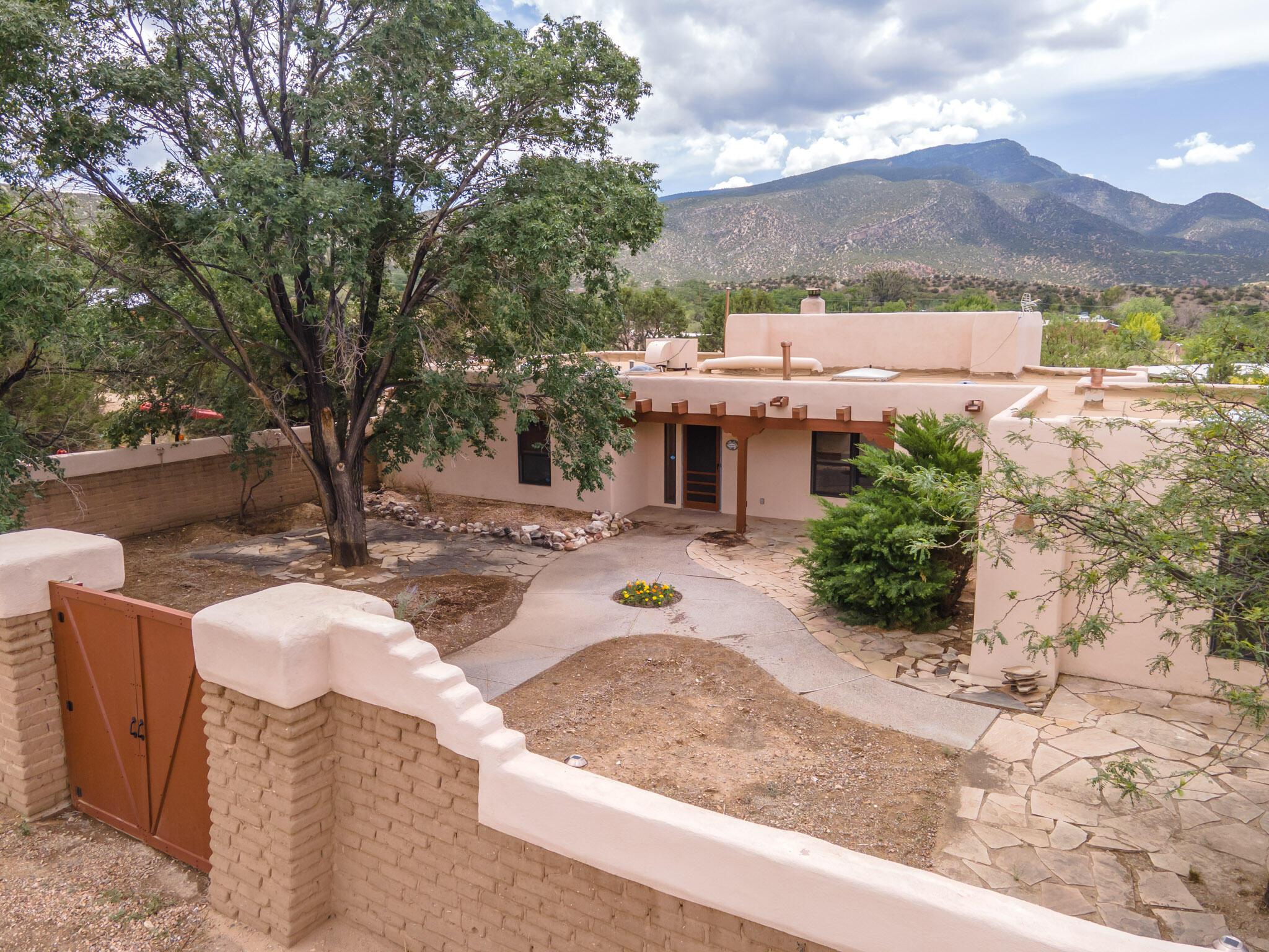 33 Camino De Las Huertas Property Photo