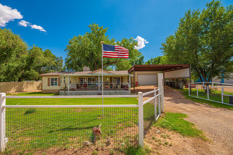 521 E River Road Property Photo 1