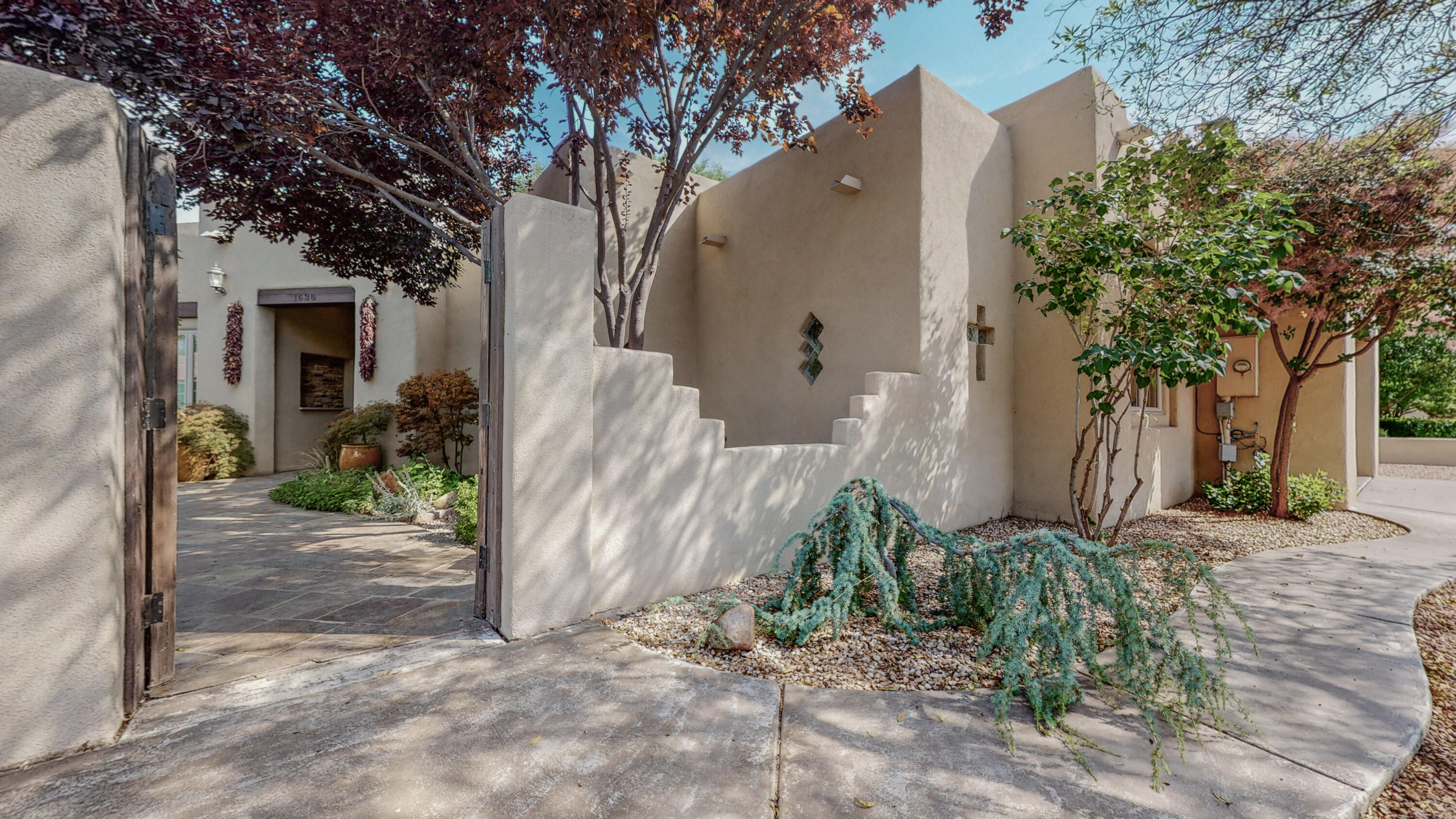 1638 Rancho Guadalupe Trail Nw Property Photo 1