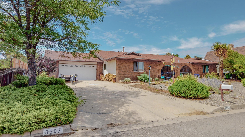 3507 Oakmount Drive Se Property Photo