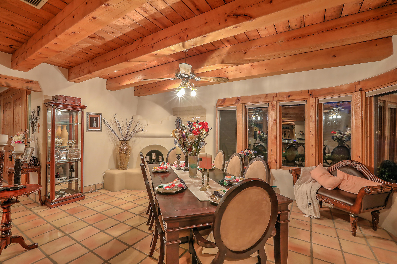 7523 Camino Del Rio Nw Property Photo