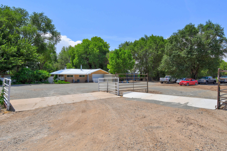 21 Coyote Road Property Photo 7
