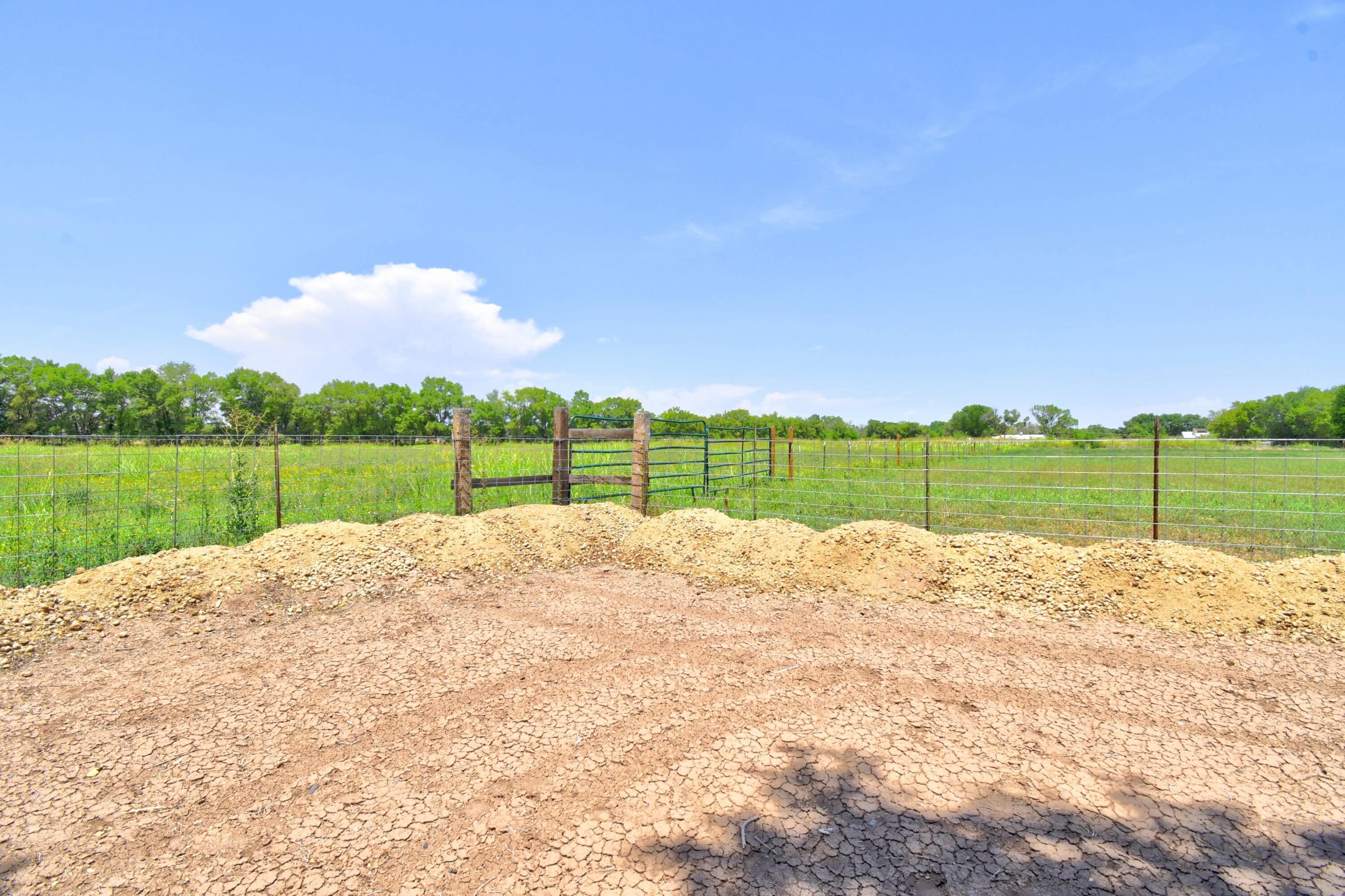 21 Coyote Road Property Photo 36