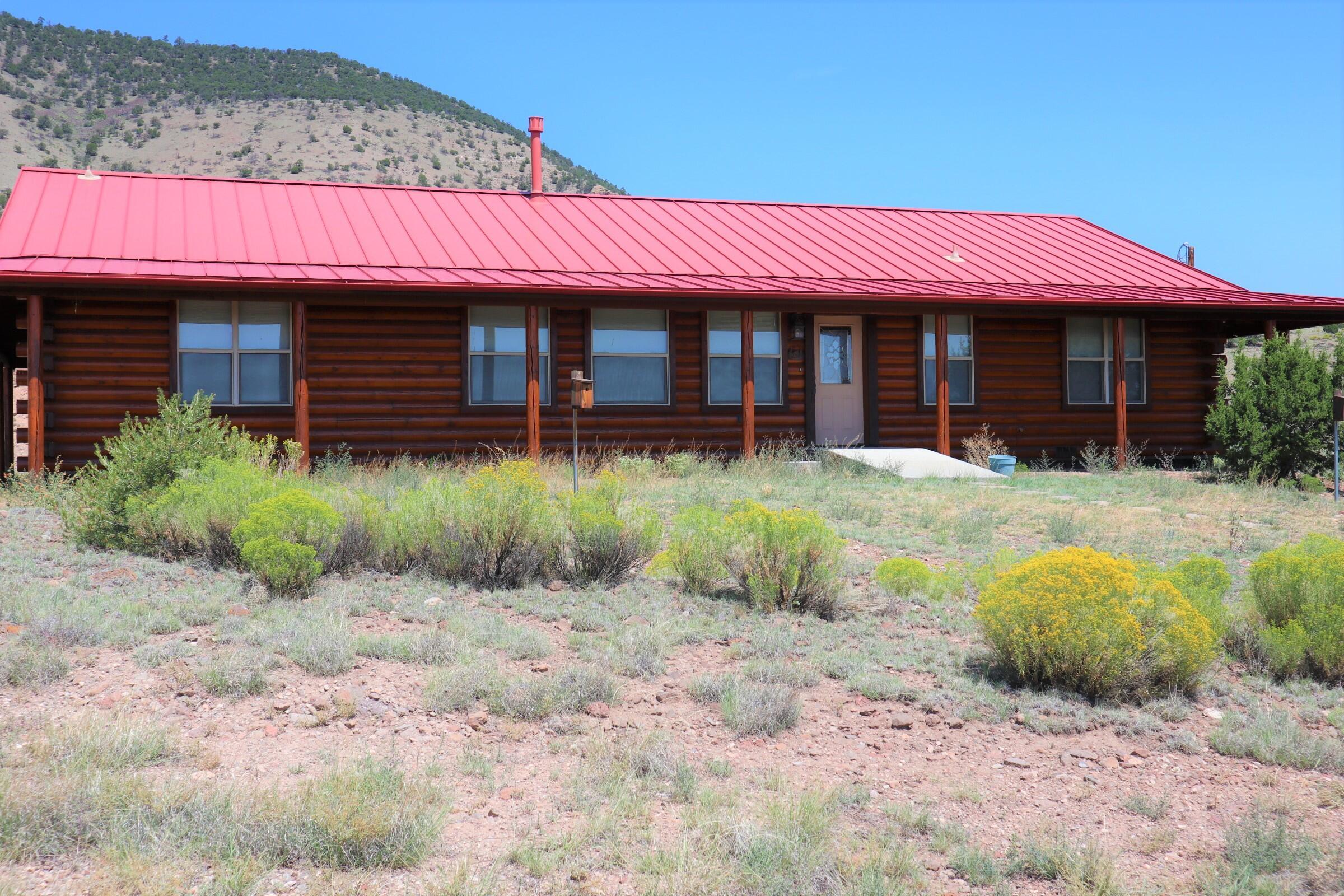 53 Hillside Circle Property Photo