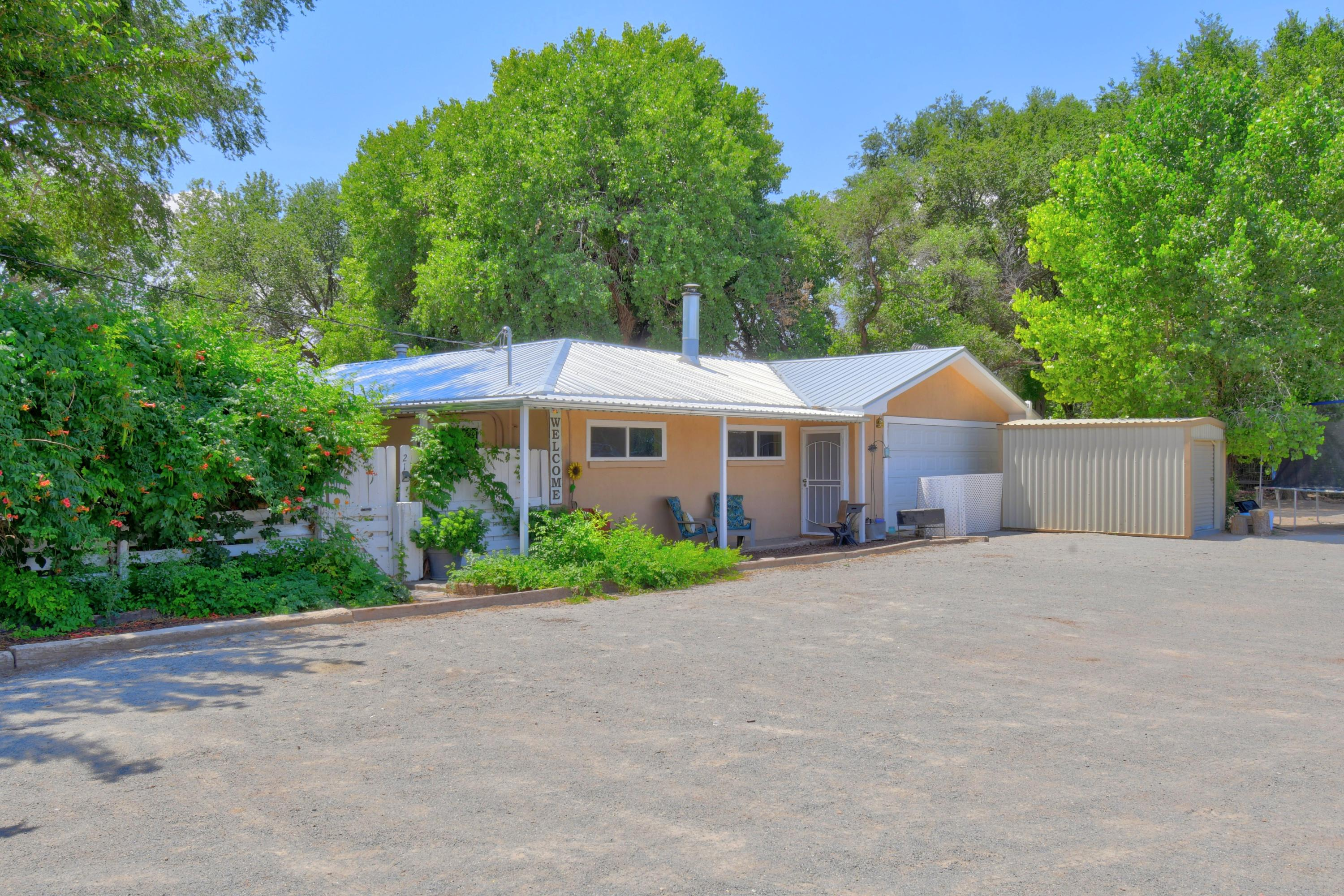 21 COYOTE Road Property Picture 9