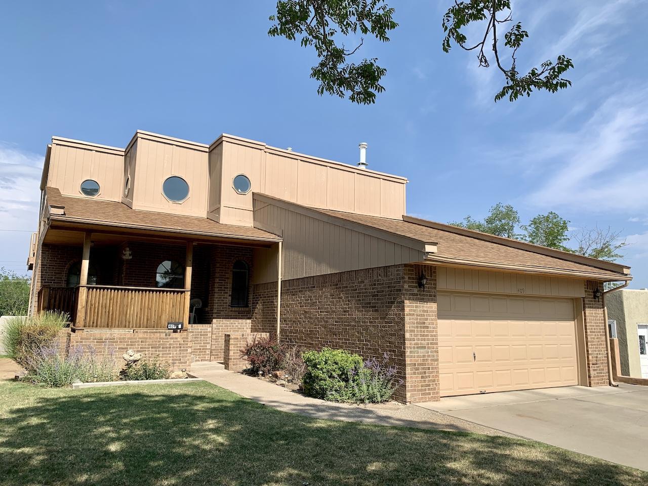 409 Vassar Drive Se Property Photo