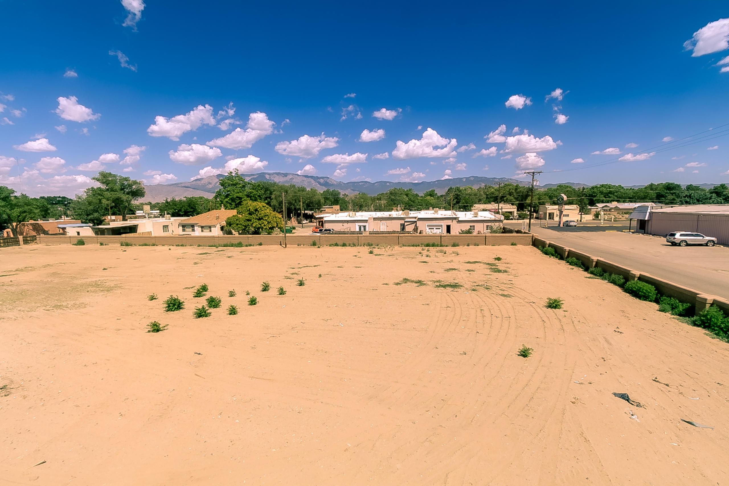 7200 W Zia View Court Nw Property Photo