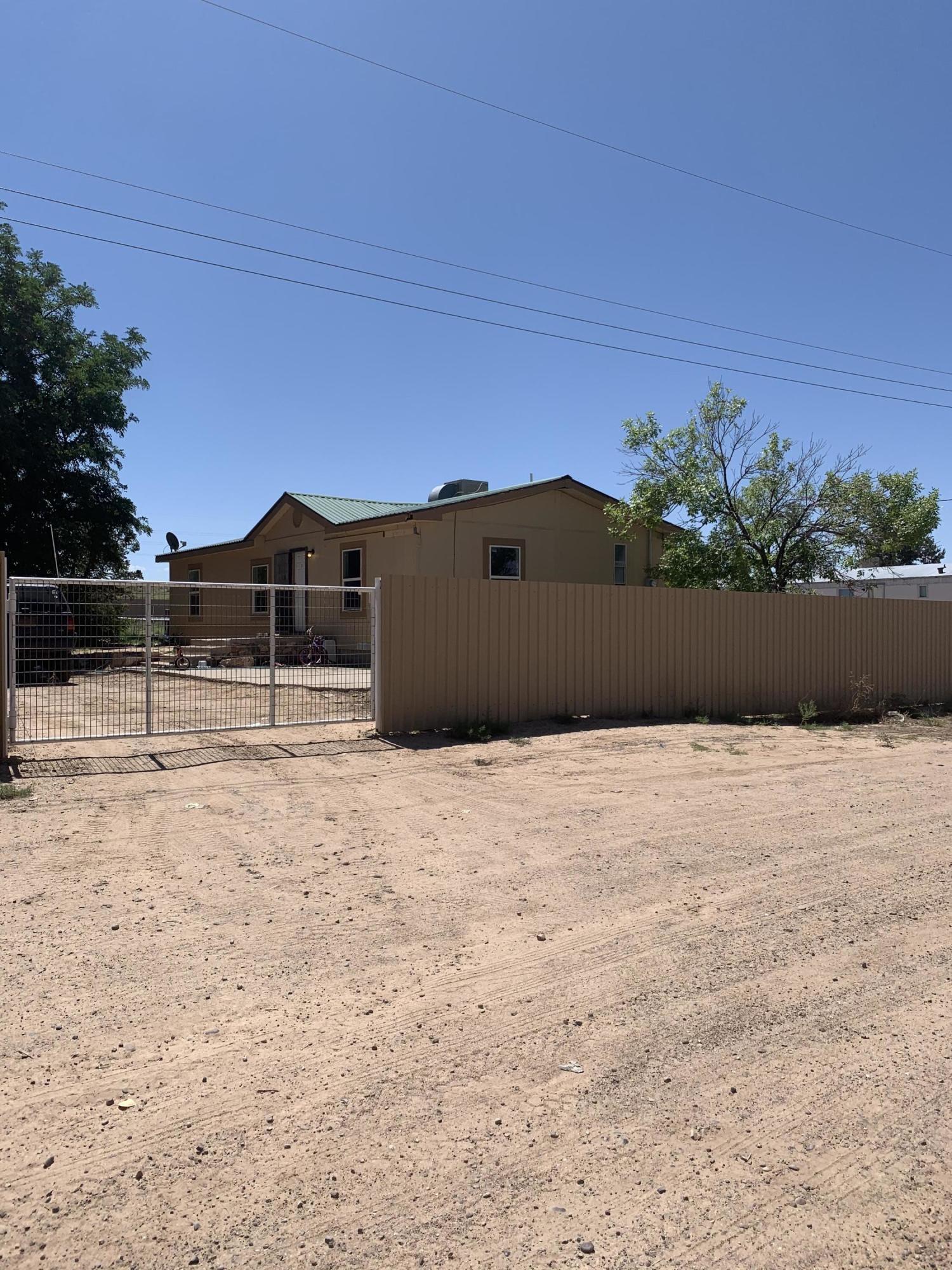 87060 Real Estate Listings Main Image