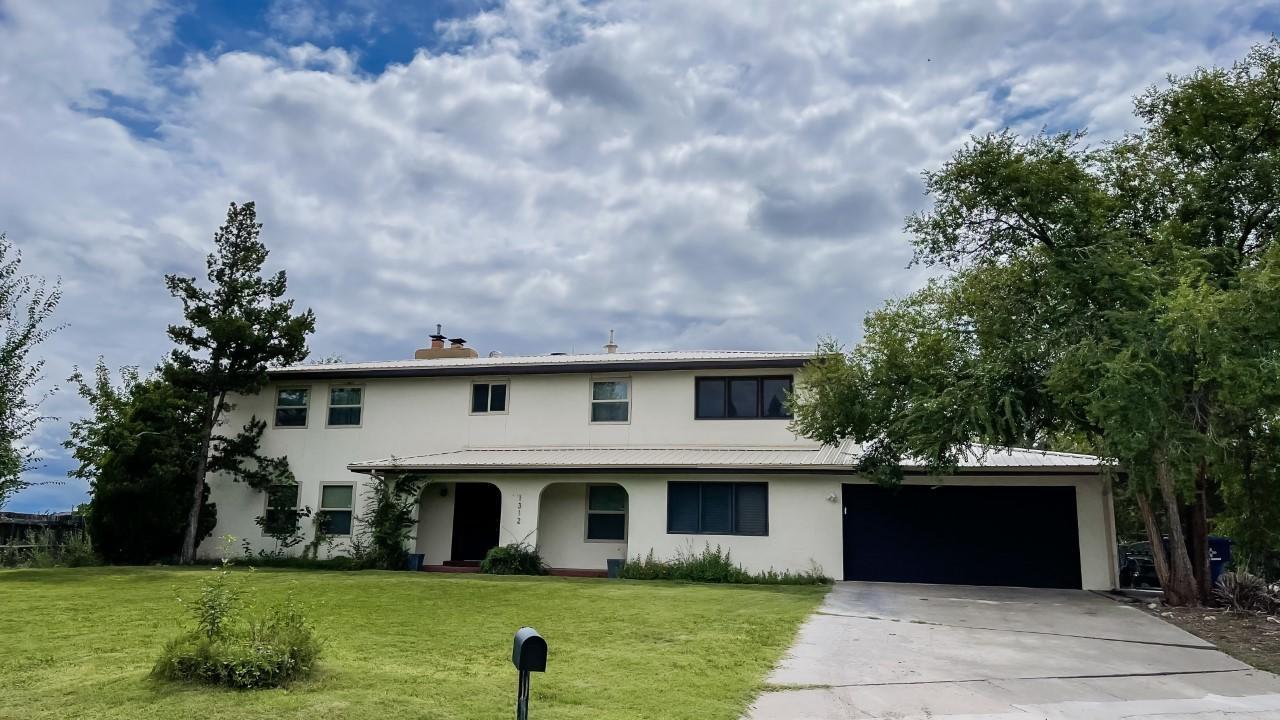 1312 North Drive Property Photo