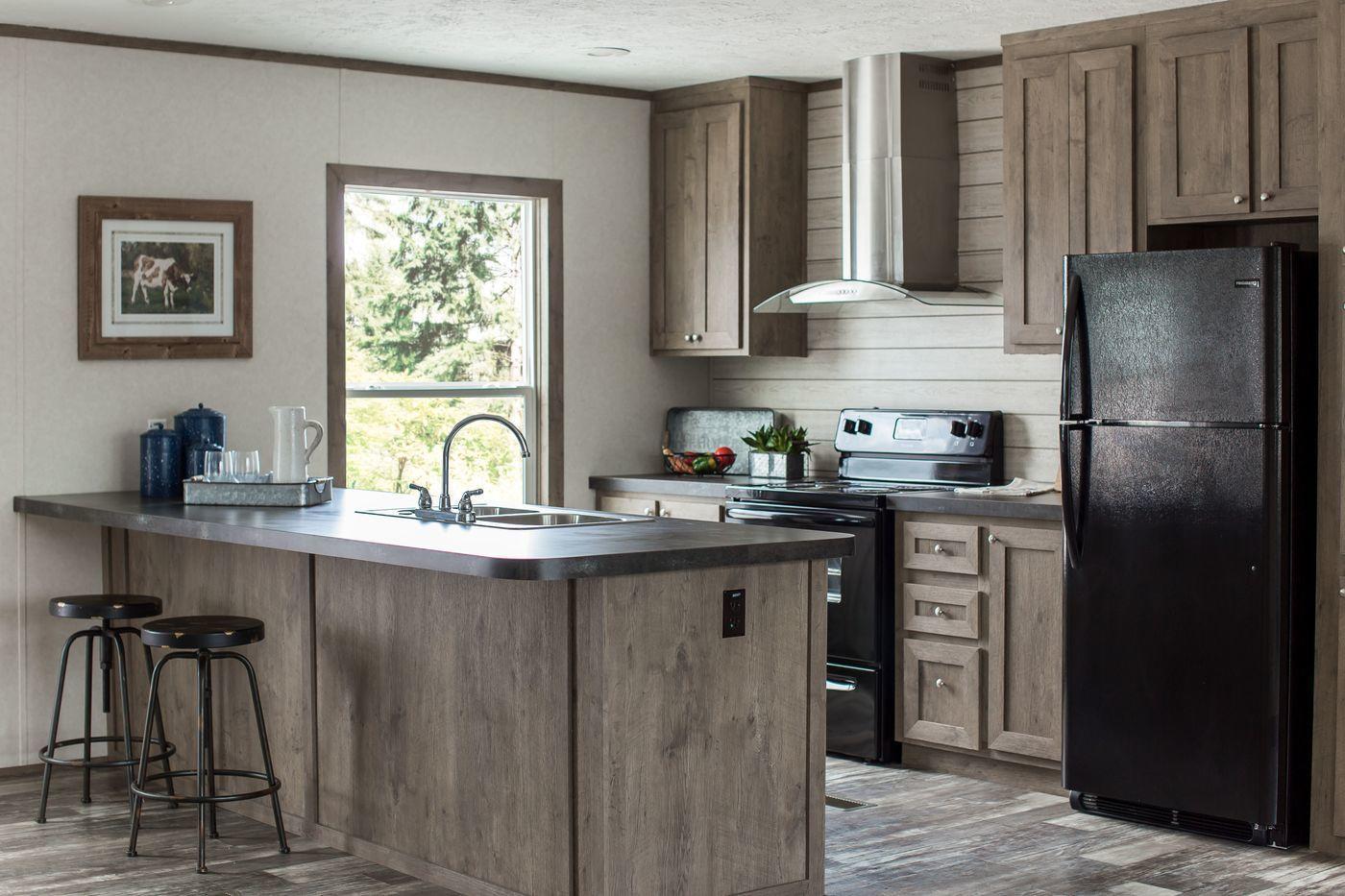 35 Woodland Hills Road Property Photo 1