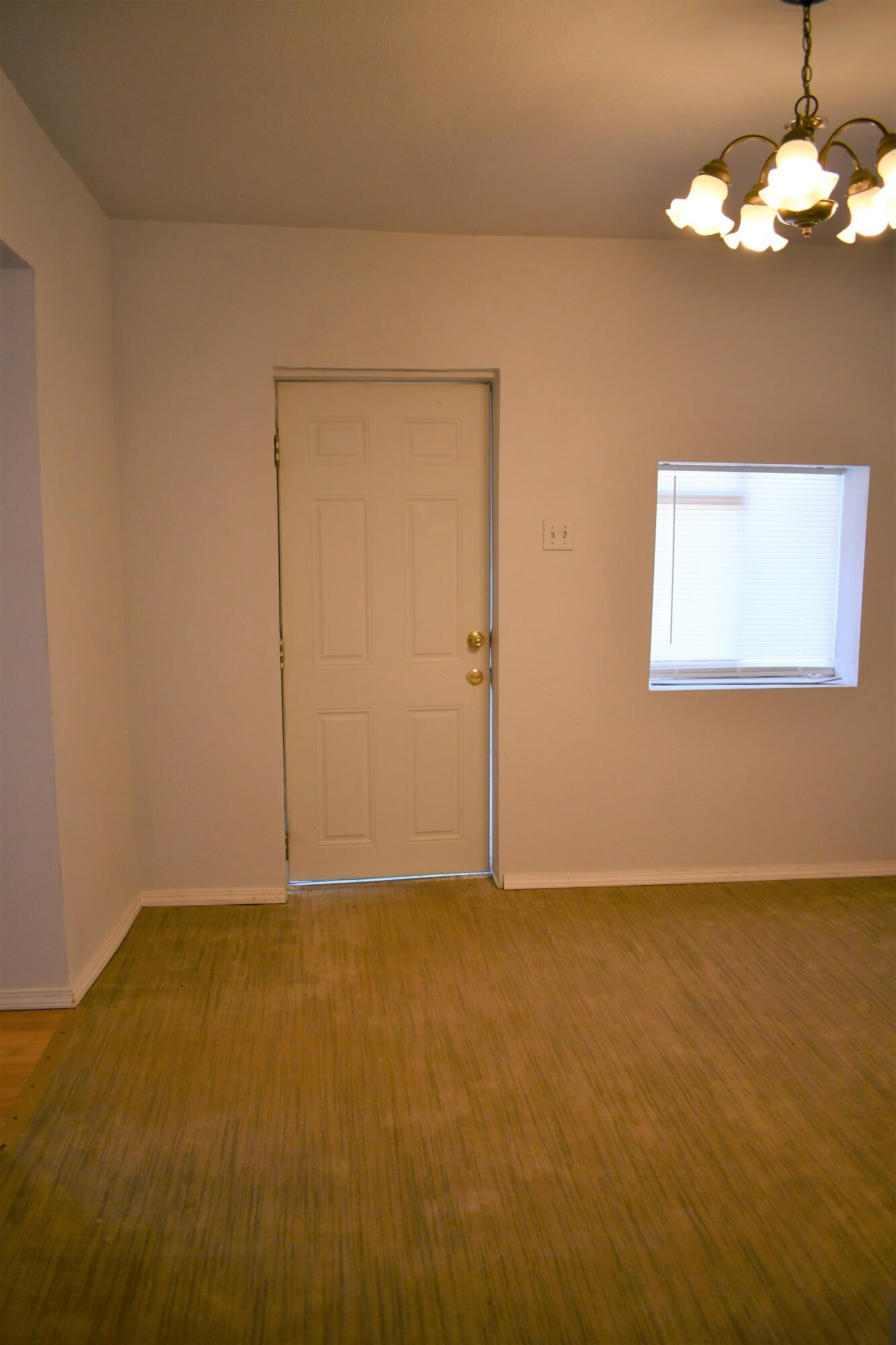 505 Manzanares Avenue Property Photo 11