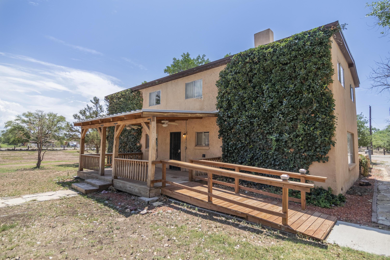 6325 ISLETA Boulevard SW Property Photo 1