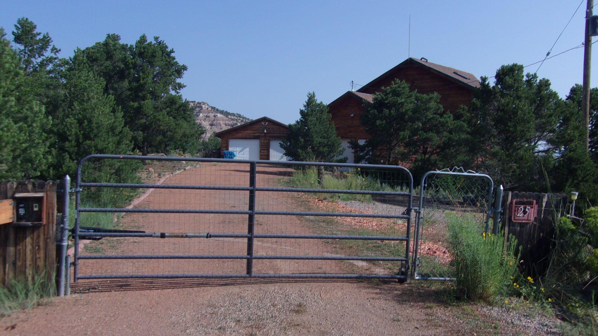 25 Panorama Loop Property Photo