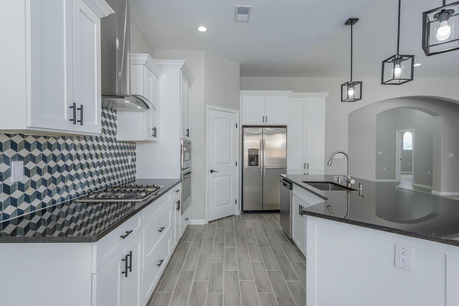 705 8th Street NE Property Picture 13