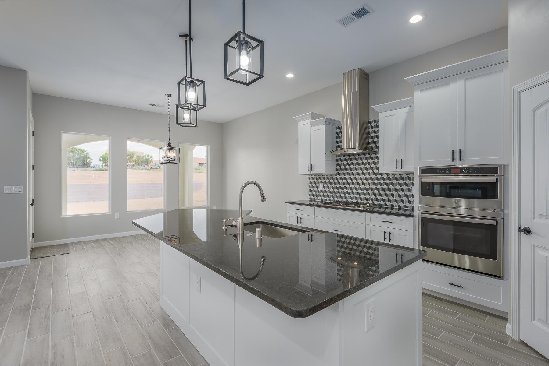705 8th Street NE Property Picture 17