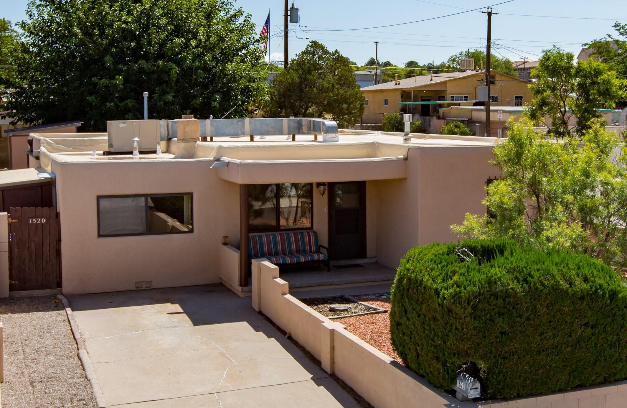 1520 Buena Vista Drive Se Property Photo