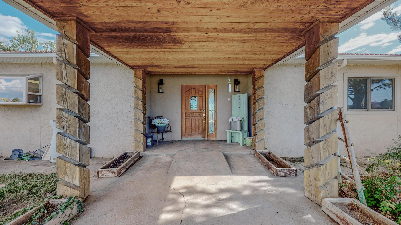 72 Lakeview Drive Property Photo