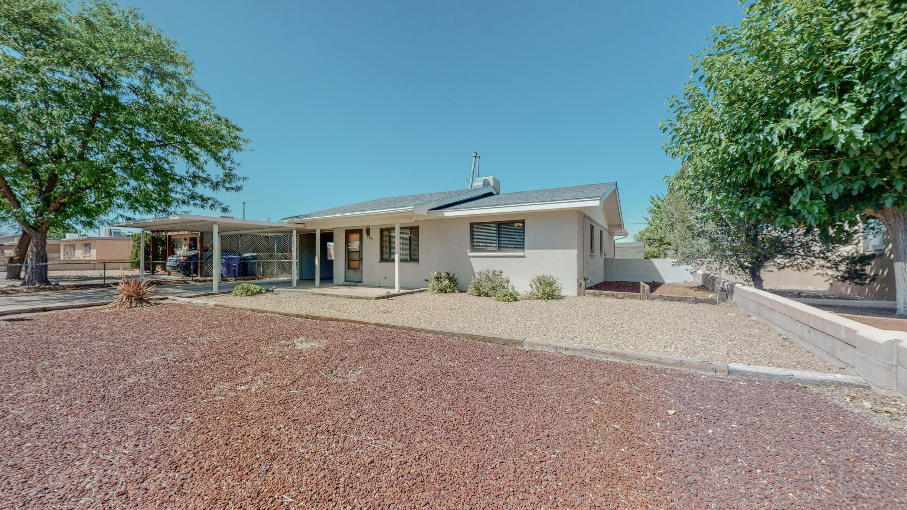 2823 Montclaire Drive Drive Ne Property Photo 1