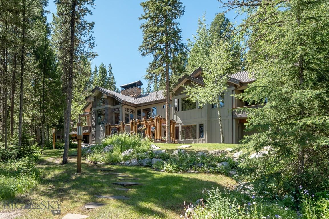 3735 Pinewood Drive Property Photo 1