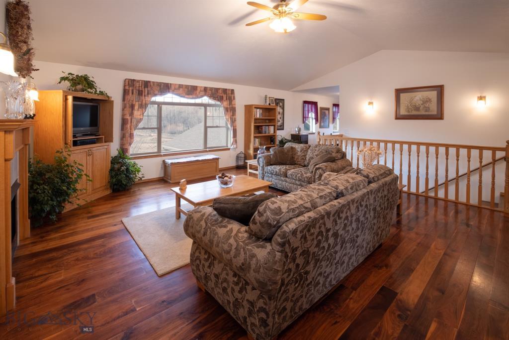 13830 Cottonwood Road Property Photo 8