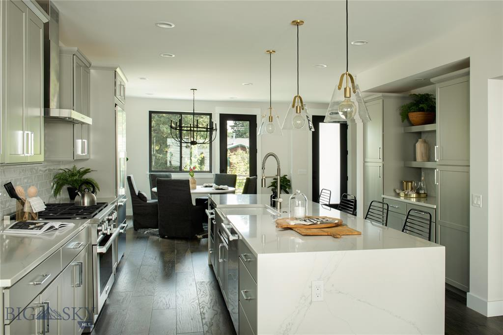 Tbd (lot 8) N Willson Avenue Property Photo 4