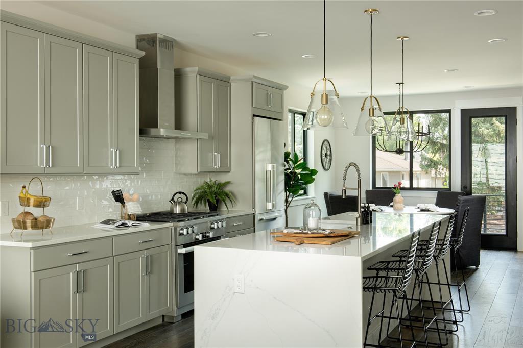 Tbd (lot 8) N Willson Avenue Property Photo 5