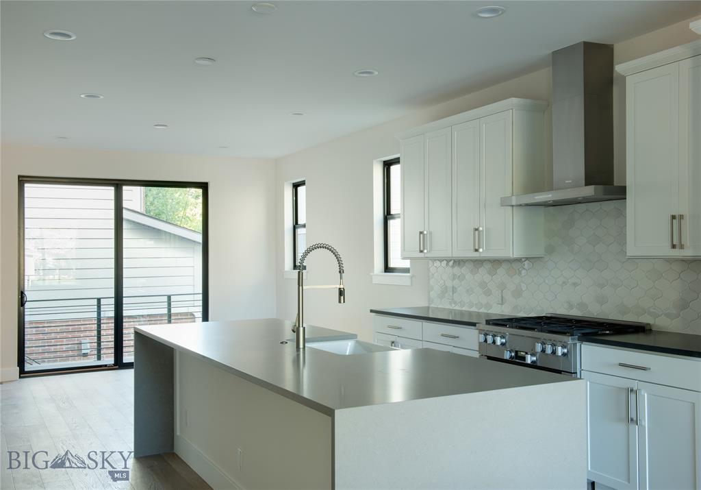 Tbd (lot 8) N Willson Avenue Property Photo 29