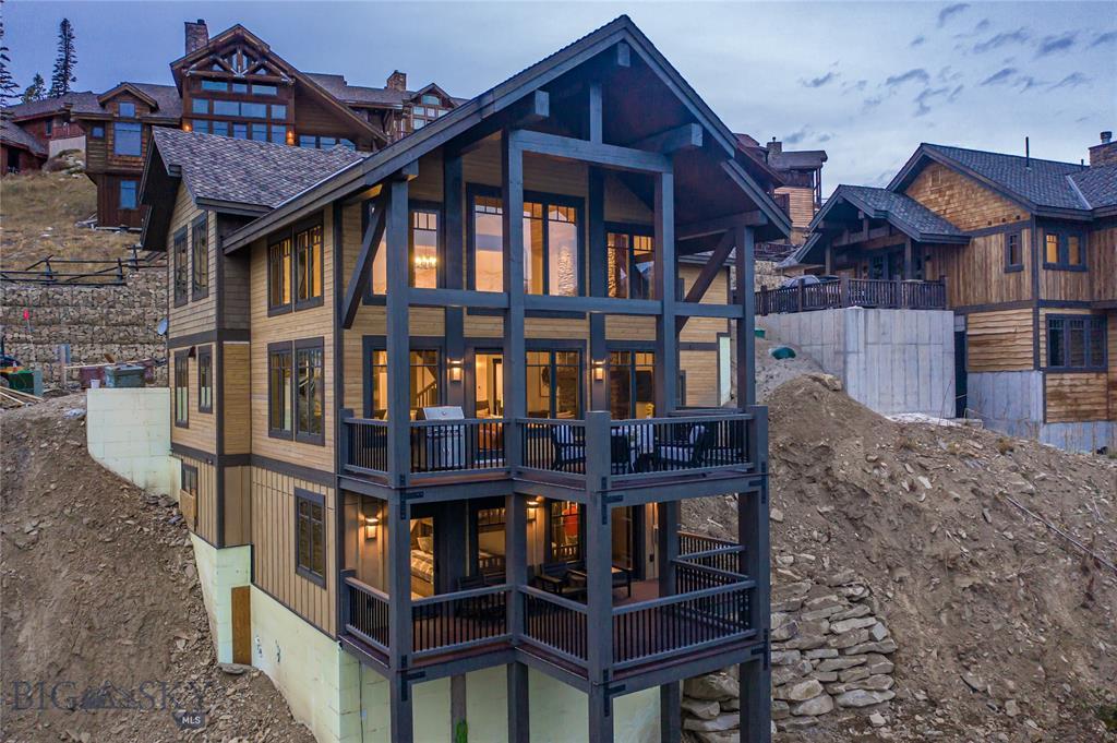 106 Cascade Ridge Property Photo 1