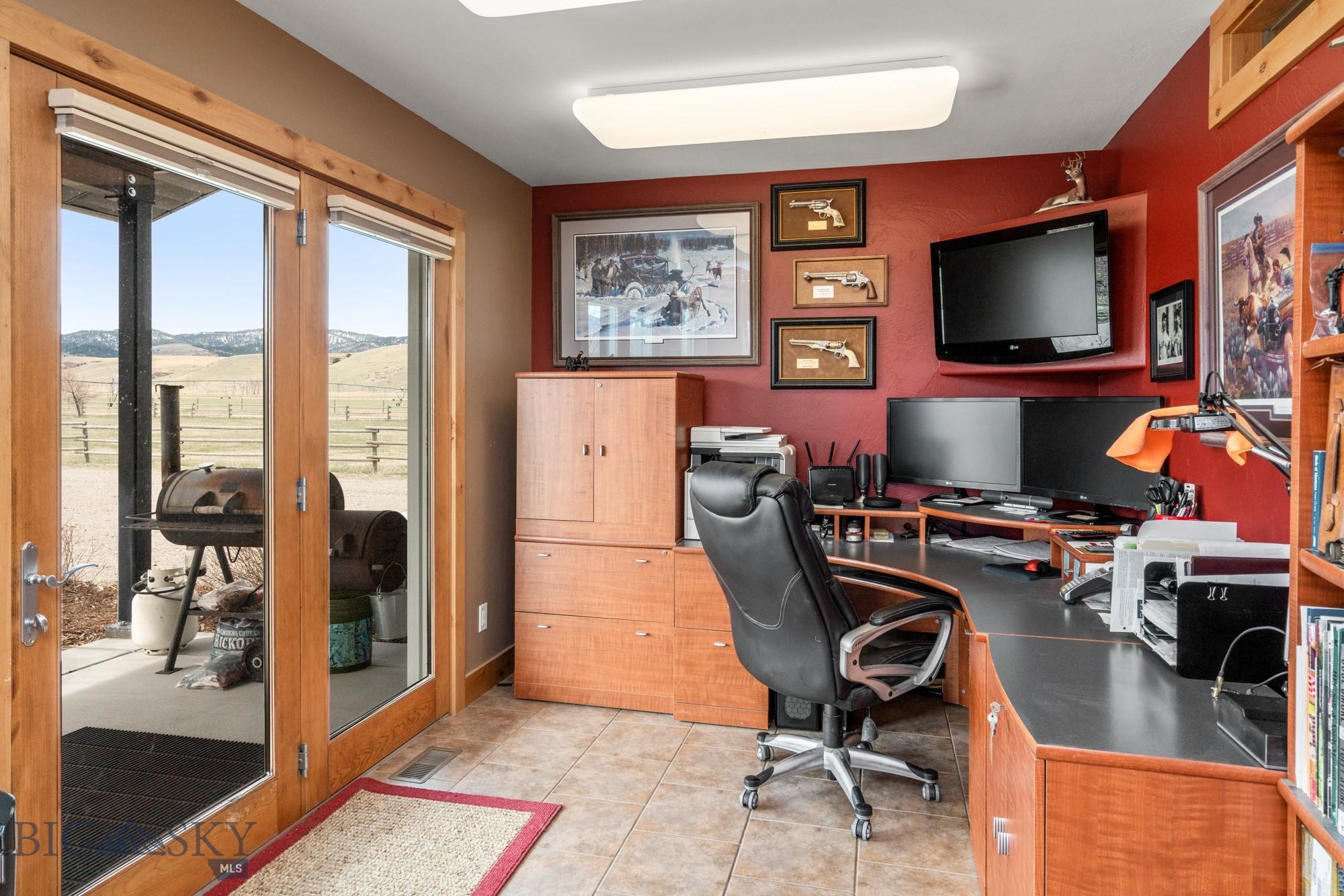 2900 Gateway South Road Property Photo 40